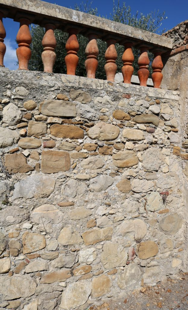 Latte, Frazione di Ventimiglia (IM): uno scorcio di Via Romana